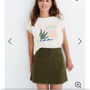 Raw Hemline Mini Skirt in Kale 💚